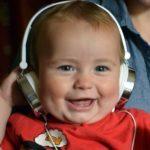 Baby2 Mit Kopfhörern Von Tom Staziker Explore-More-UK Auf Pixabay